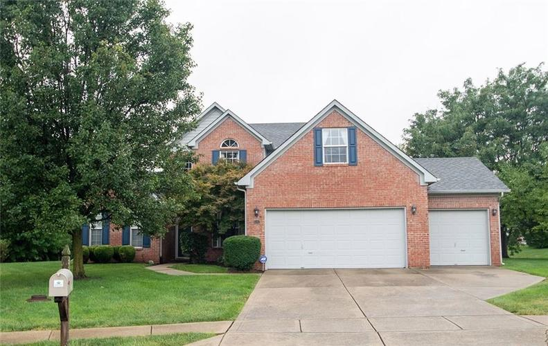 4542 Carvin Circle Indianapolis, IN 46228 | MLS 21664003 | photo 1