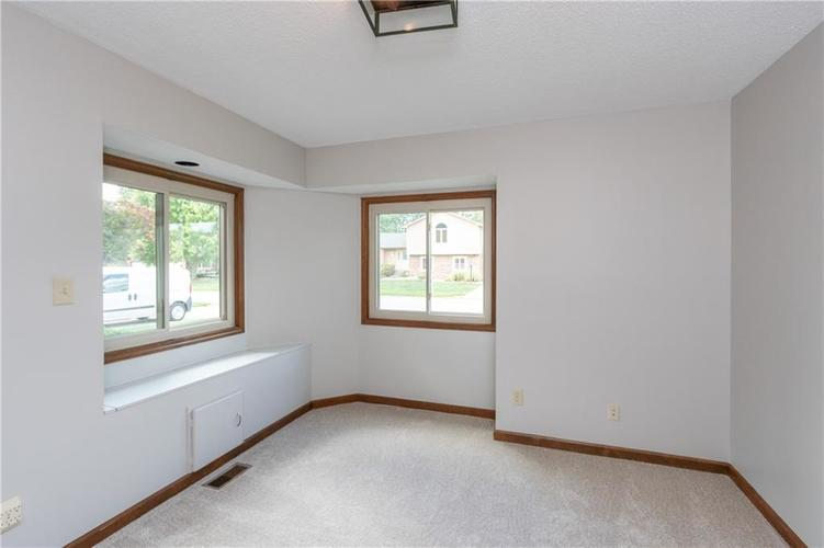 1611 Iron Liege Road Indianapolis, IN 46217 | MLS 21664037 | photo 21