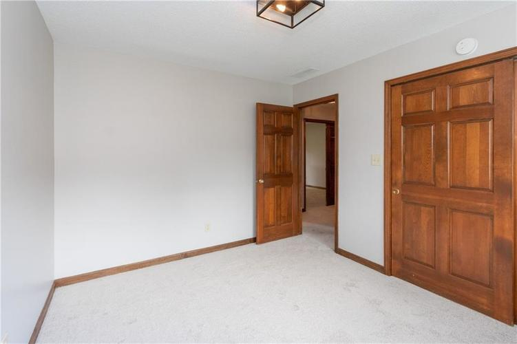 1611 Iron Liege Road Indianapolis, IN 46217 | MLS 21664037 | photo 24