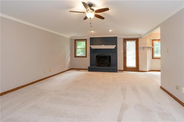 1611 Iron Liege Road Indianapolis, IN 46217 | MLS 21664037 | photo 4