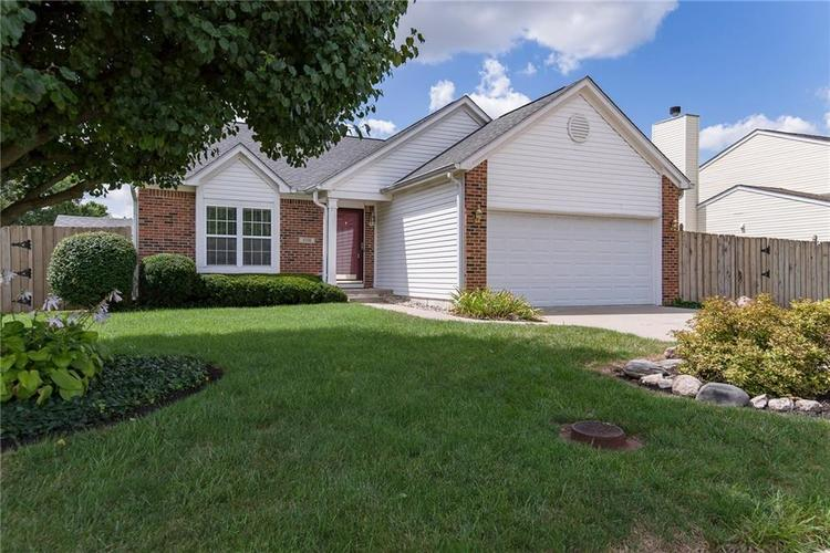 5736 Ashby Drive Indianapolis, IN 46221   MLS 21664055   photo 2