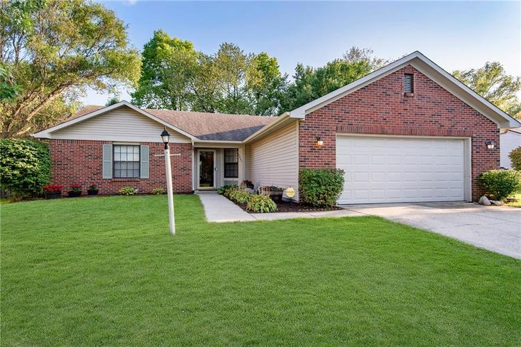 5497 Pine Hill Drive Noblesville, IN 46062 | MLS 21664064 | photo 2