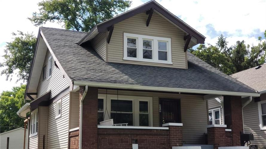 404 N Wallace Avenue Indianapolis, IN 46201   MLS 21664107   photo 1