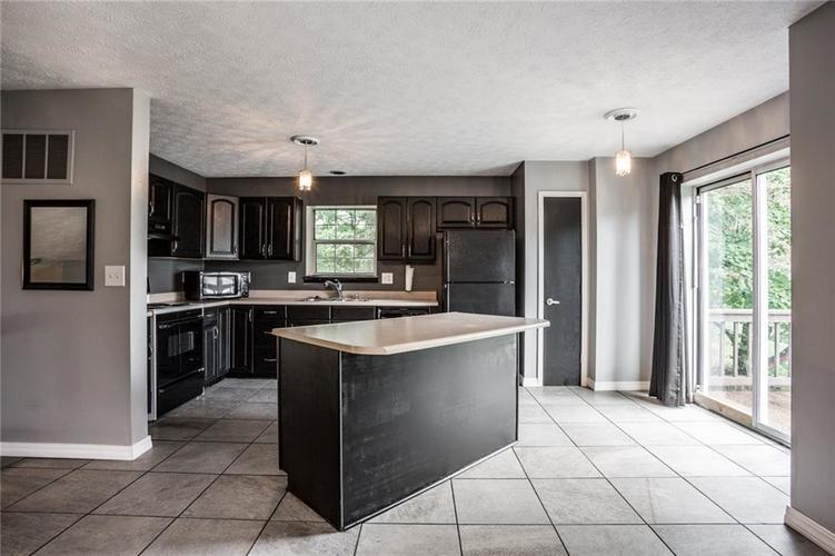 9150 FIRESIDE Court Indianapolis, IN 46250   MLS 21664113   photo 10