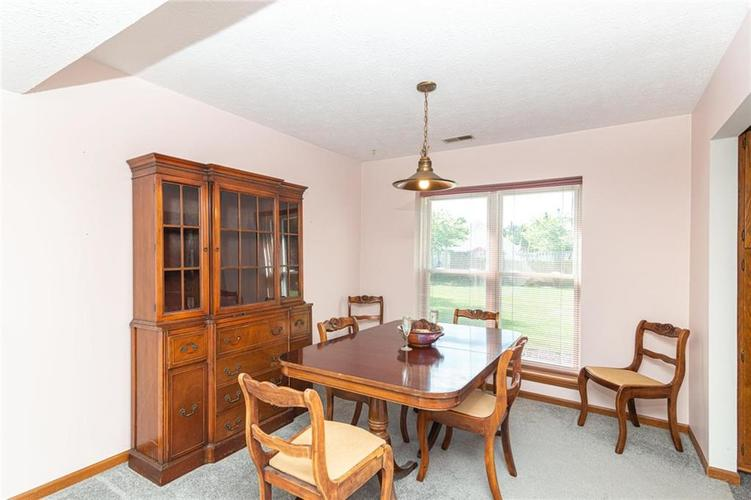 9264 Fireside Drive Indianapolis, IN 46250   MLS 21664186   photo 10