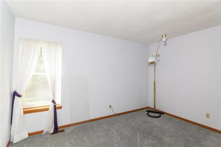 9264 Fireside Drive Indianapolis, IN 46250   MLS 21664186   photo 23