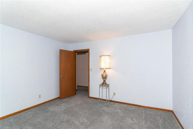 9264 Fireside Drive Indianapolis, IN 46250   MLS 21664186   photo 27