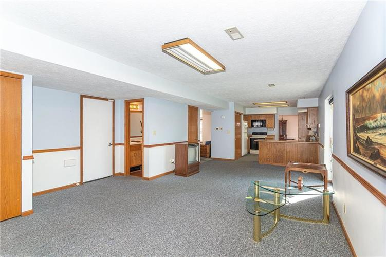 9264 Fireside Drive Indianapolis, IN 46250   MLS 21664186   photo 8
