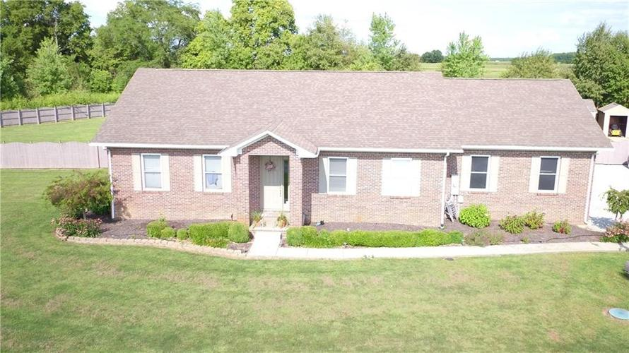3579 S MORRISTOWN Pike Greenfield, IN 46140 | MLS 21664239 | photo 1
