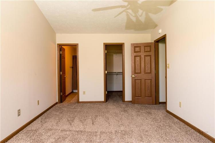 2423 Canvasback Drive Indianapolis, IN 46234 | MLS 21664255 | photo 11