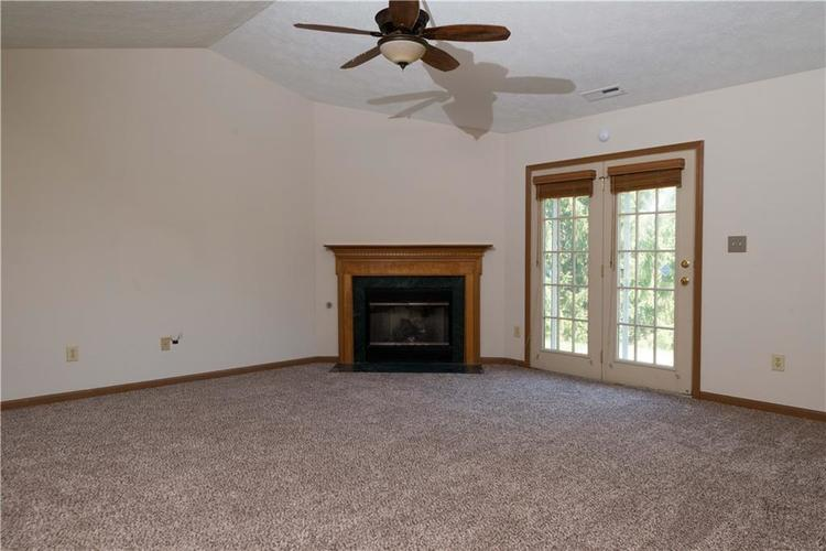 2423 Canvasback Drive Indianapolis, IN 46234 | MLS 21664255 | photo 9