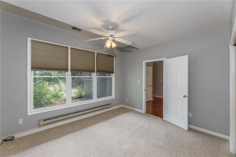 1900 E 79th Street Indianapolis, IN 46240 | MLS 21664257 | photo 18