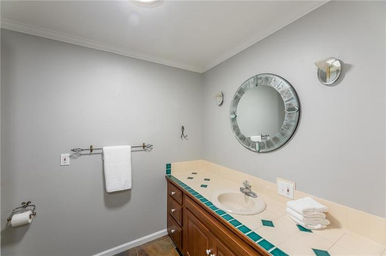 1900 E 79th Street Indianapolis, IN 46240 | MLS 21664257 | photo 23