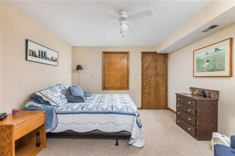 2227 Van Ness Place Indianapolis, IN 46240 | MLS 21664276 | photo 19