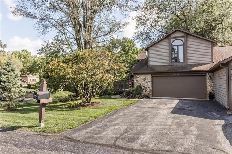 2227 Van Ness Place Indianapolis, IN 46240 | MLS 21664276 | photo 23