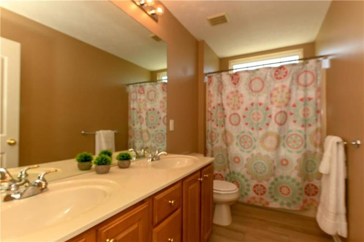 11971 Landwood Drive Fishers, IN 46037 | MLS 21664302 | photo 28