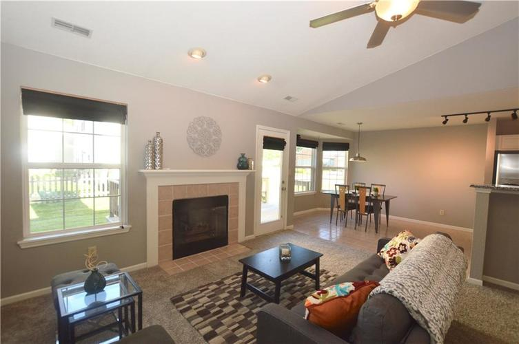 10325 Steambrook Drive Fishers, IN 46038   MLS 21664329   photo 11