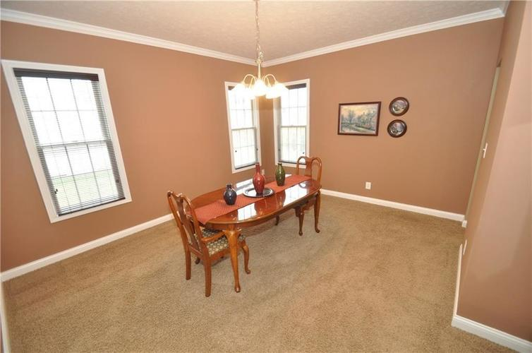 7904 Whiting Bay Drive Brownsburg, IN 46112 | MLS 21664486 | photo 15