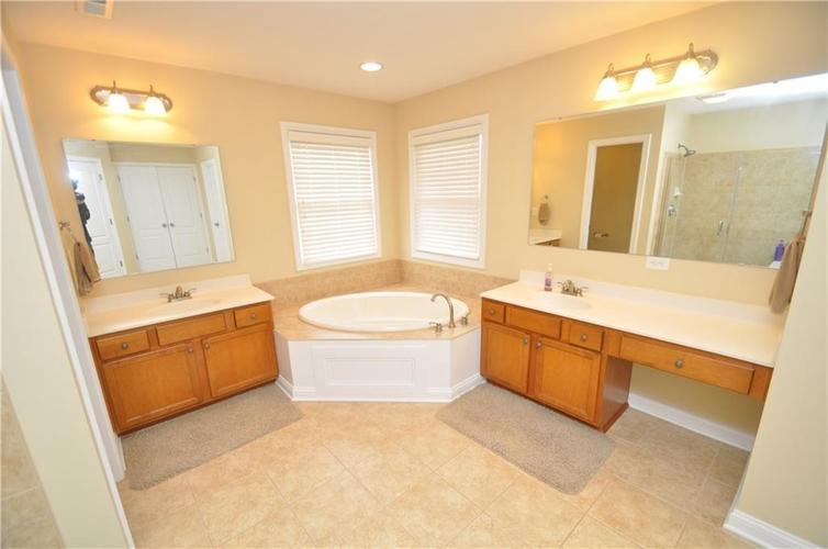 7904 Whiting Bay Drive Brownsburg, IN 46112 | MLS 21664486 | photo 28