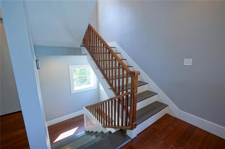 823 Spruce Street Indianapolis, IN 46203 | MLS 21664497 | photo 18
