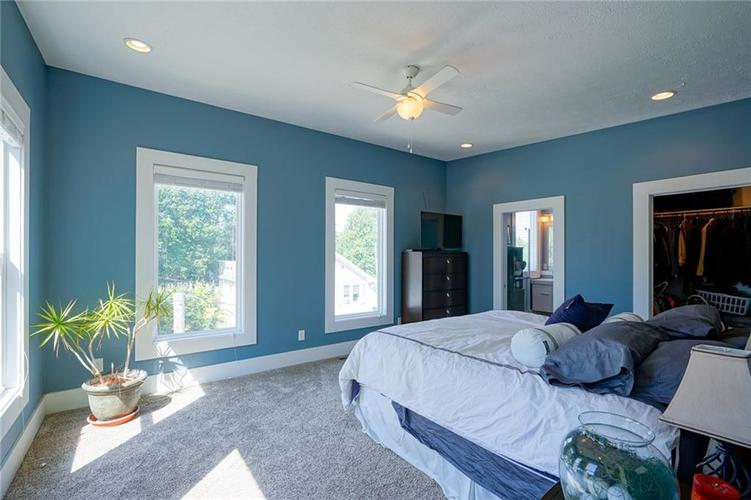 823 Spruce Street Indianapolis, IN 46203 | MLS 21664497 | photo 21