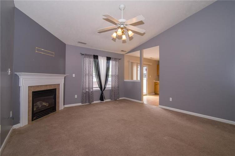 1509 COTTONWOOD Drive Franklin, IN 46131   MLS 21664556   photo 7