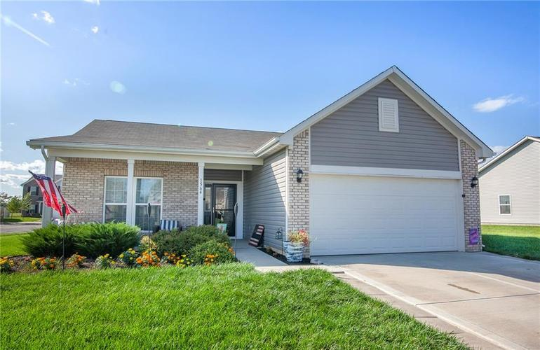 1564 Maplewood Lane Pendleton, IN 46064 | MLS 21664694 | photo 1