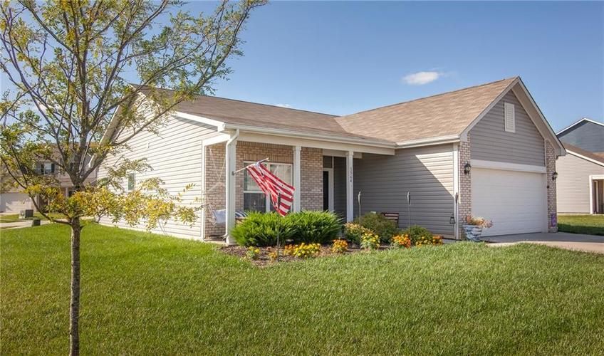 1564 Maplewood Lane Pendleton, IN 46064 | MLS 21664694 | photo 2