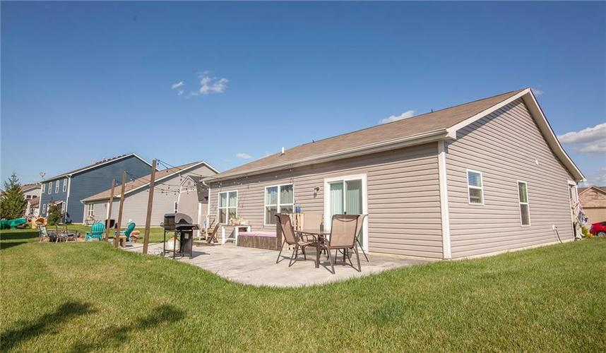 1564 Maplewood Lane Pendleton, IN 46064 | MLS 21664694 | photo 25