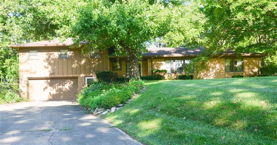 7710  SENTINEL Trail Indianapolis, IN 46250 | MLS 21664695