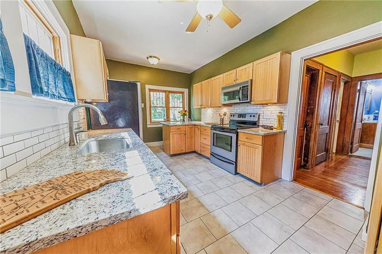 4234 N College Avenue Indianapolis, IN 46205 | MLS 21664736 | photo 15