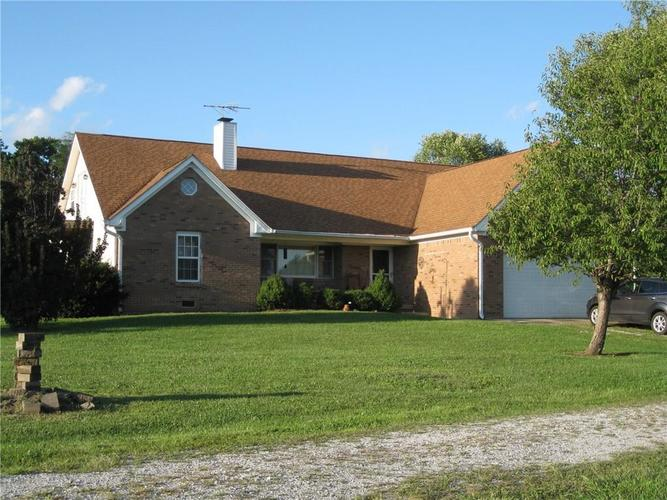7953 E Triple Crown Lane Camby, IN 46113 | MLS 21664833