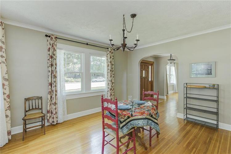 5256 CENTRAL Avenue Indianapolis, IN 46220 | MLS 21664981 | photo 10