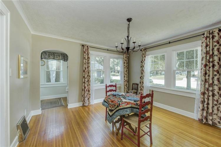5256 CENTRAL Avenue Indianapolis, IN 46220 | MLS 21664981 | photo 11