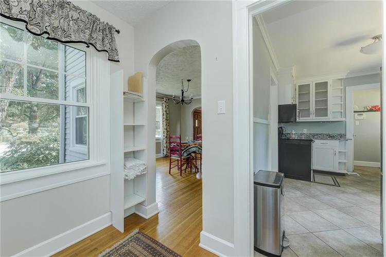 5256 CENTRAL Avenue Indianapolis, IN 46220 | MLS 21664981 | photo 13