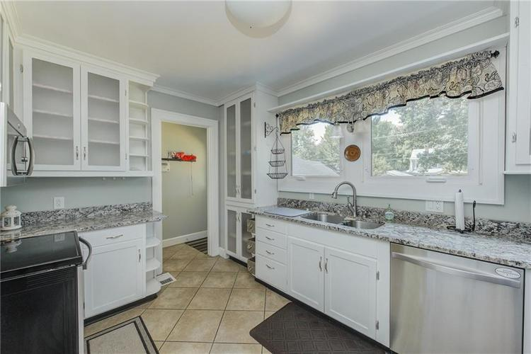 5256 CENTRAL Avenue Indianapolis, IN 46220 | MLS 21664981 | photo 14