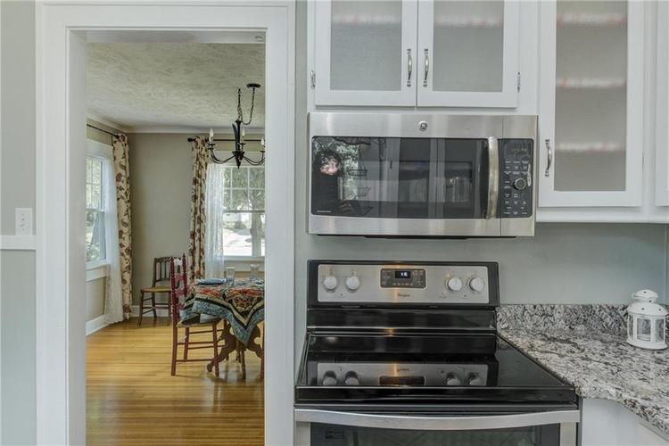 5256 CENTRAL Avenue Indianapolis, IN 46220 | MLS 21664981 | photo 15