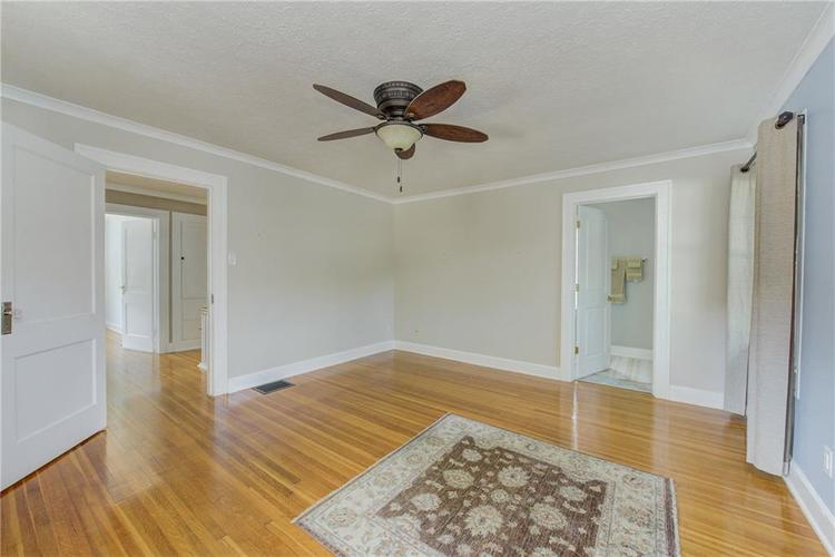 5256 CENTRAL Avenue Indianapolis, IN 46220 | MLS 21664981 | photo 24