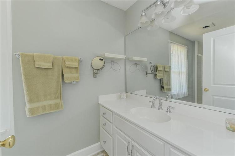 5256 CENTRAL Avenue Indianapolis, IN 46220 | MLS 21664981 | photo 26