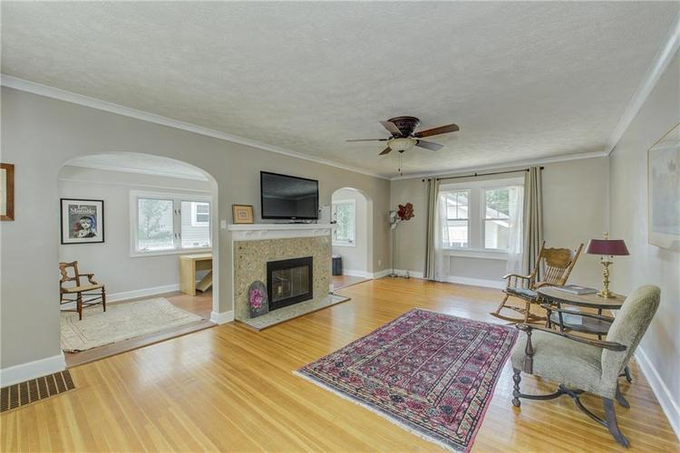 5256 CENTRAL Avenue Indianapolis, IN 46220 | MLS 21664981 | photo 4