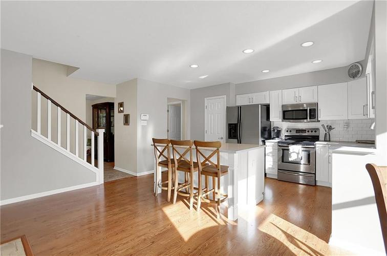 8332 ADMIRALS LANDING Place Lawrence , IN 46236 | MLS 21665003 | photo 10