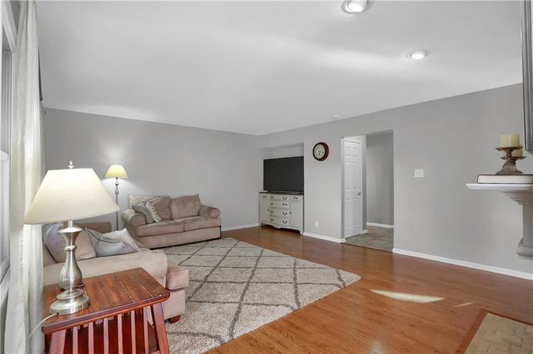 8332 ADMIRALS LANDING Place Lawrence , IN 46236 | MLS 21665003 | photo 18