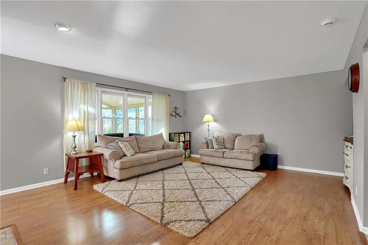 8332 ADMIRALS LANDING Place Lawrence , IN 46236 | MLS 21665003 | photo 21