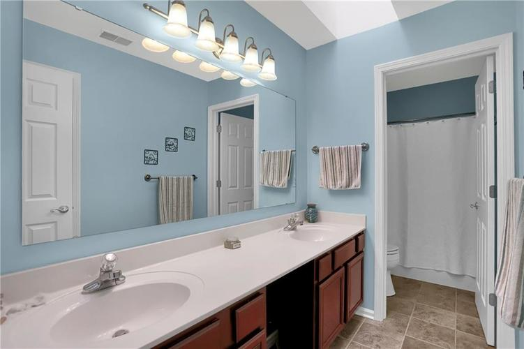 8332 ADMIRALS LANDING Place Lawrence , IN 46236 | MLS 21665003 | photo 34