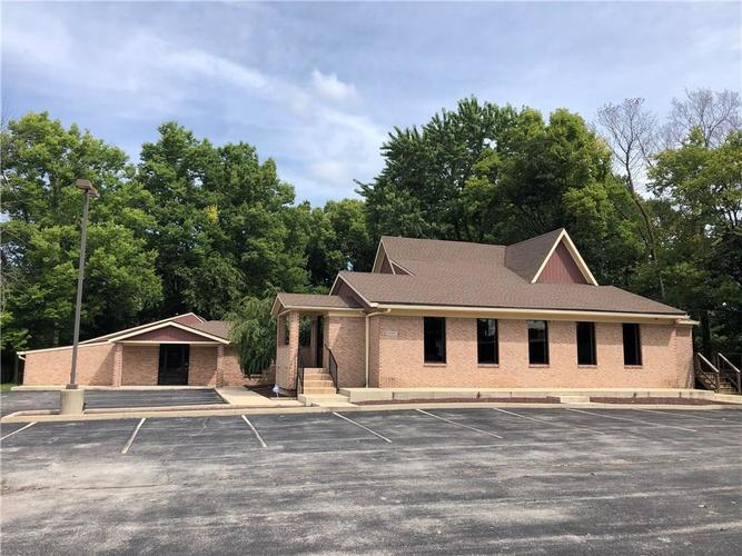 2002 E Southport Road Indianapolis, IN 46227 | MLS 21665055
