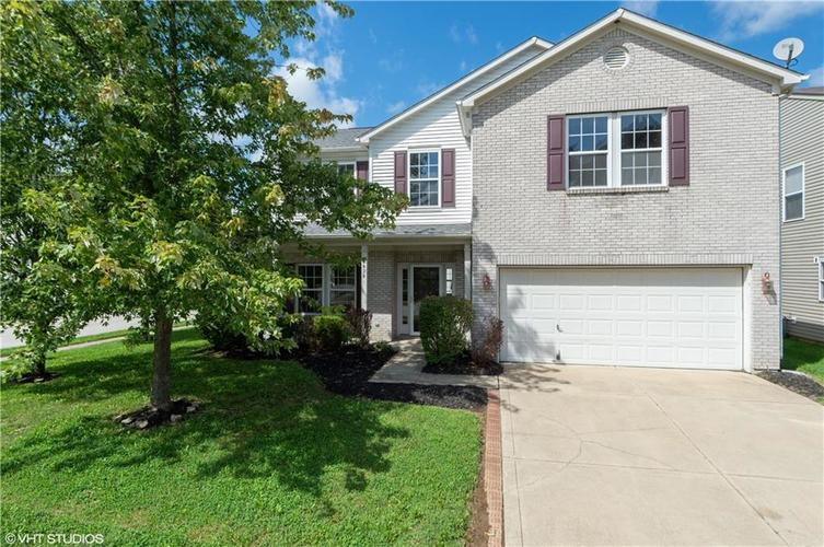 6828  Woodland Heights Drive Avon, IN 46123 | MLS 21665070