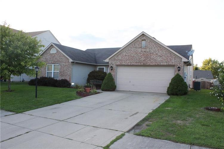 19533 Amber Way Noblesville IN 46060 | MLS 21665097 | photo 1