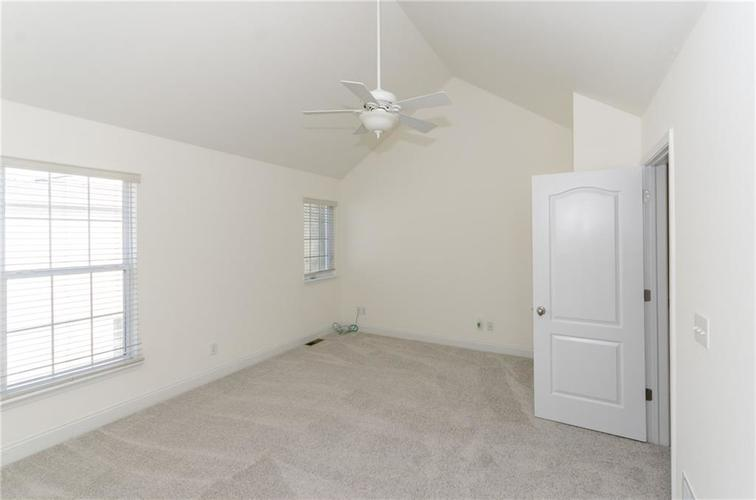 937 Junction Place #937 Indianapolis, IN 46220 | MLS 21665110 | photo 11