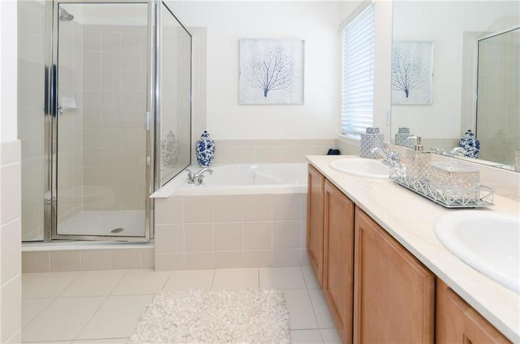 937 Junction Place #937 Indianapolis, IN 46220 | MLS 21665110 | photo 12