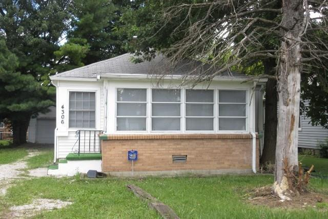4306 E 16TH Street Indianapolis IN 46201 | MLS 21665111 | photo 1